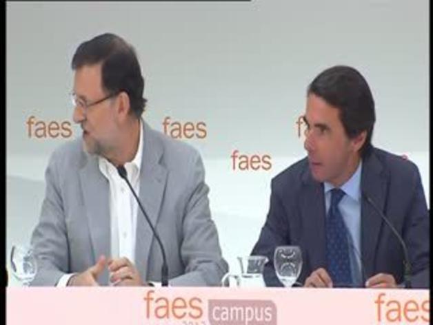 Rajoy y Aznar coinciden en la clausura del Campus FAES
