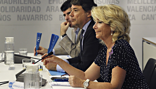La presidenta del PP de Madrid, Esperanza Aguirre, durante la Junta Directiva