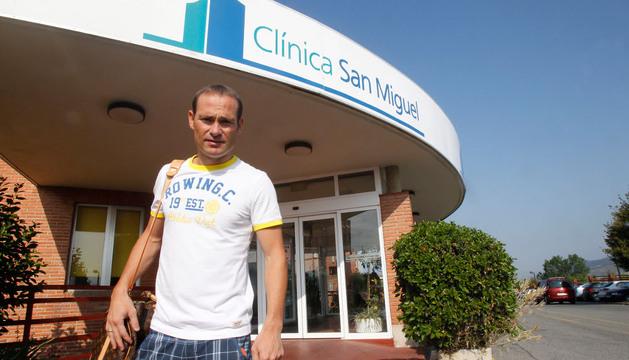 Nino, este miércoles, a su llegada a la Clínica San Miguel