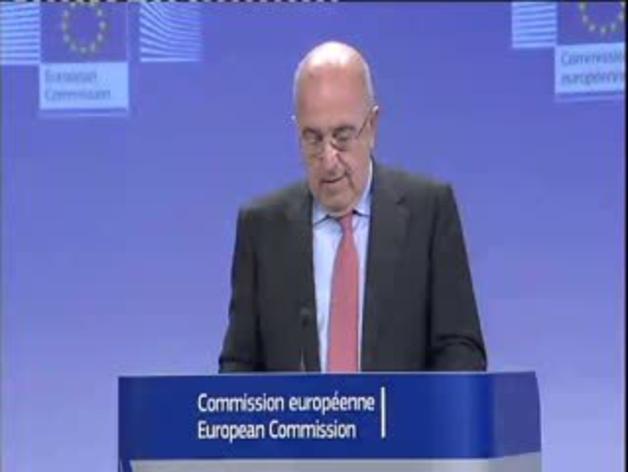 El vicepresidente de la Comisión Europea, Joaquín Almunia, en una rueda de prensa en Bruselas.