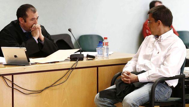 Javier Samanes (d), acusado de asesinar en Valtierra al joven Dayan Murillo Blasco.