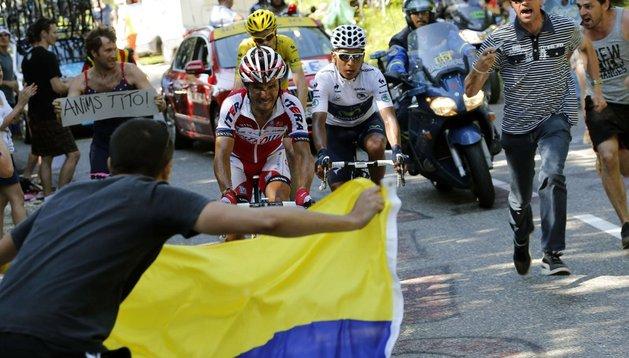 Los tres protagonistas de la etapa e integrantes del podio final en París: Purito Rodríguez, el ganador de la penúltima etapa Nairo Quintana, y el líder del Tour Chris Froome