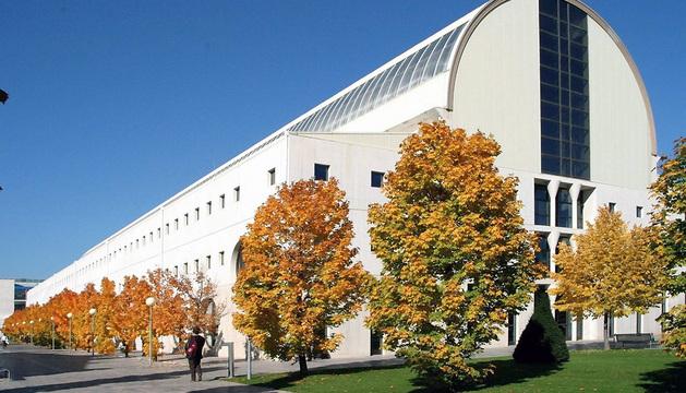 Biblioteca de la Universidad Pública de Navarra (UPNA).
