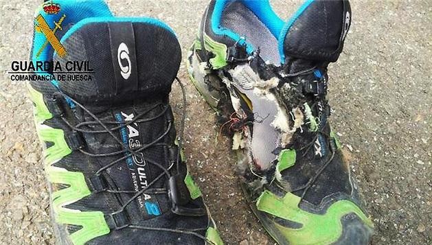 Estado en el que quedaron las zapatillas del menor tolosarra atravesado por un rayo.