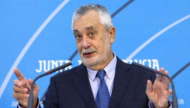 El presidente andaluz, José Antonio Griñán, durante su comparecencia pública.