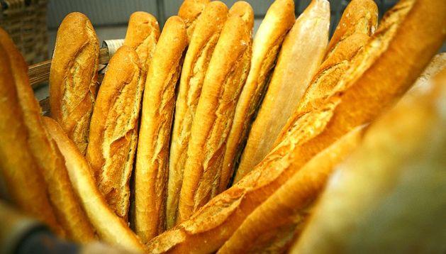 Barras de pan en una panadería.