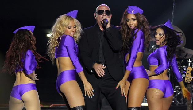 Pitbull en un momento del concierto