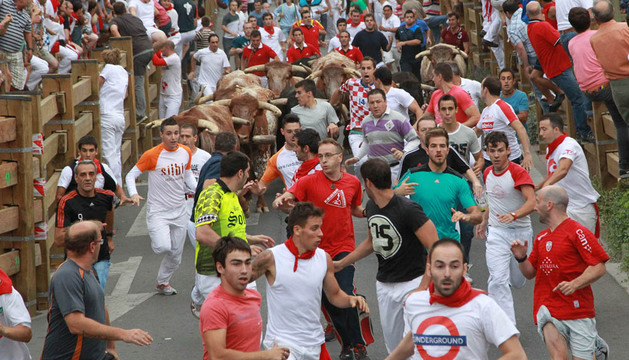 Cuarto encierro de Tudela con toros de Los Millares