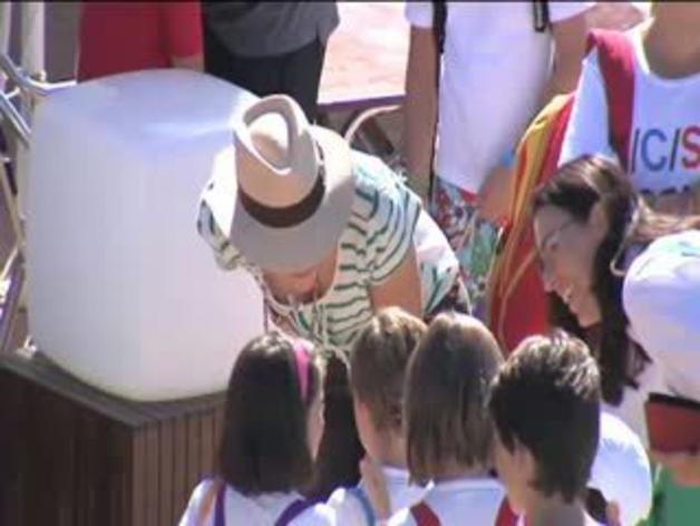 La Reina, acompañada por las Infantas y sus hijos en Mallorca