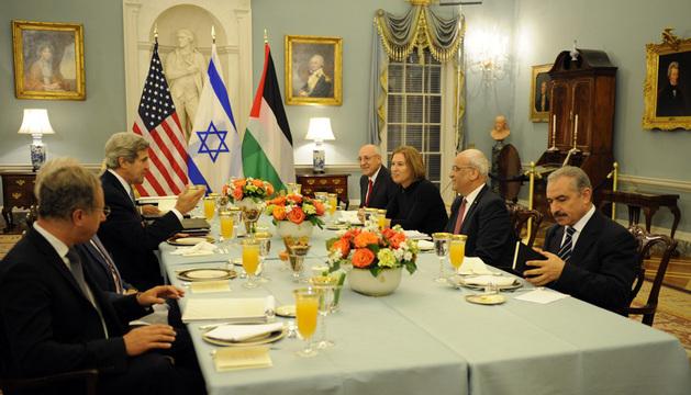 La cena tuvo lugar en el edificio del Departamento de Estado en Washington.