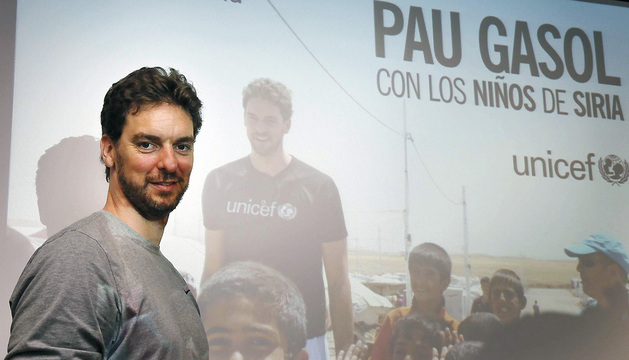 El jugador de baloncesto Pau Gasol, embajador de UNICEF, durante la rueda de prensa que ofreció tras su regreso de Dohuk (Irak).