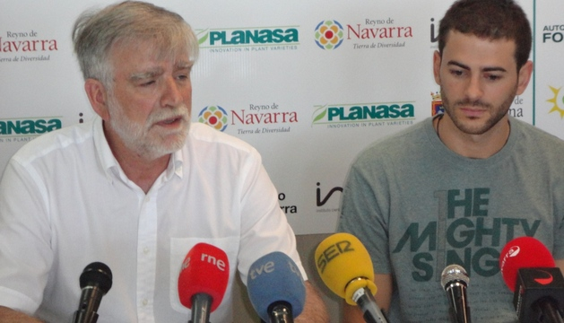 Javier Sobrino, presidente del Basket Navarra Club, e Iñaki Sanz