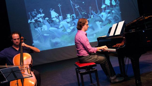 Jacobo Villalba, al chelo, y Alberto Urroz, al piano, en la presentación del festival.