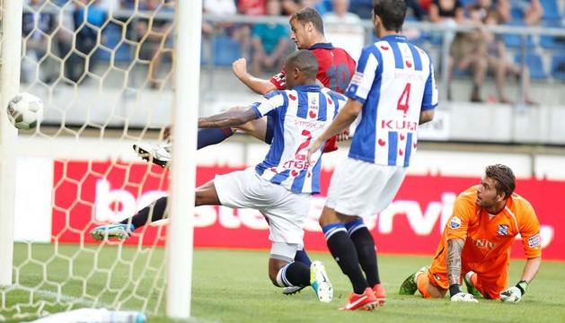 Segundo gol de Oriol Riera al Heerenveen