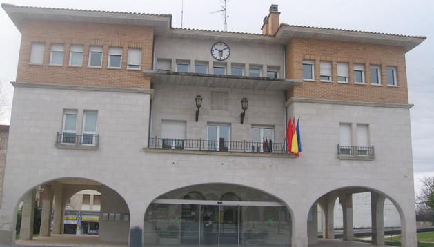 Vista del Ayuntamiento de Orkoien, uno de los que cuestiona el fondo de reparto local.