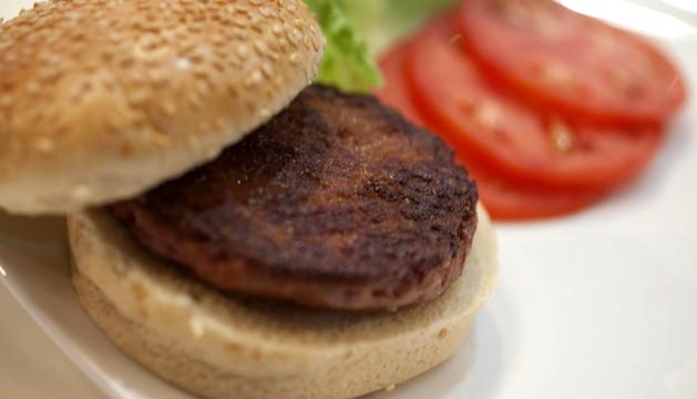 Primera hamburguesa a partir de células madre.