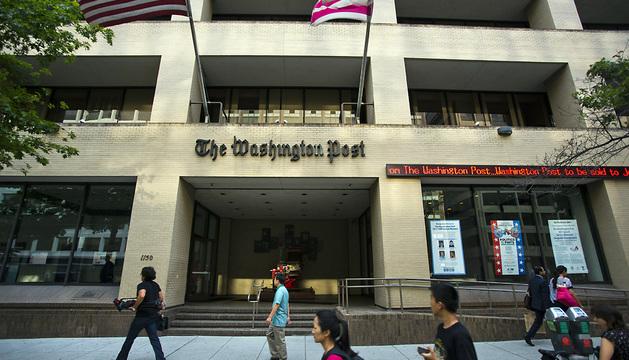 Vista general de la fachada del edificio del The Washington Post en Washington.
