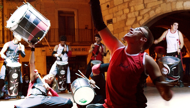 Actuación del grupo Brincadeira.