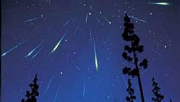 Lluvia de estrellas fugaces de las Perseidas.