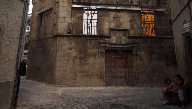 Fachada de Casa Díaz ya sin los andamios y con las calles abiertas.