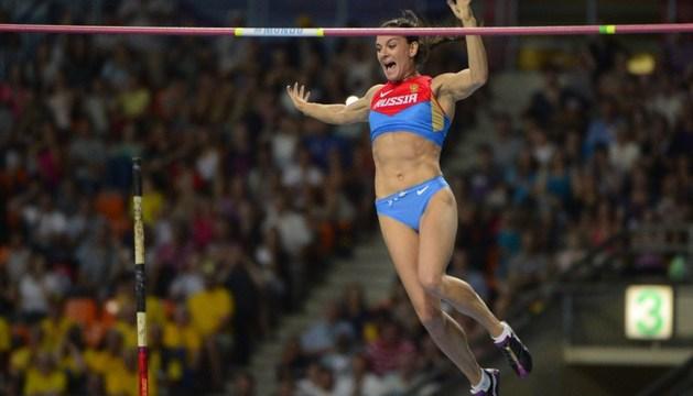 Isinbayeva, tras lograr saltar sobre 4,89