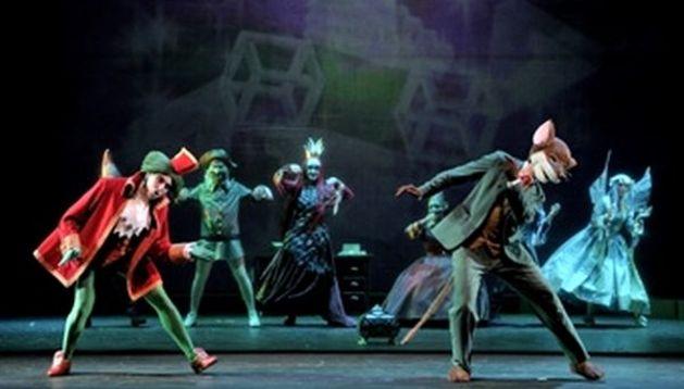 Momento de la actuación de 'Gerónimo Stilton'.