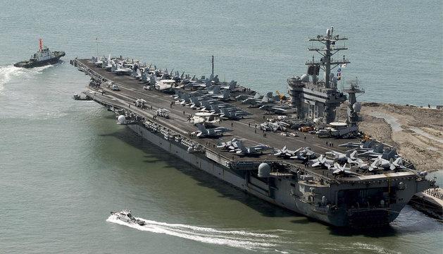El portaaviones americano USS Nimitz (CVN-68).