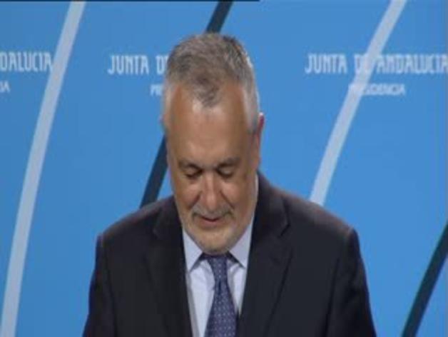 Griñán admite que se marcha para proteger a la Junta del caso de los ERE