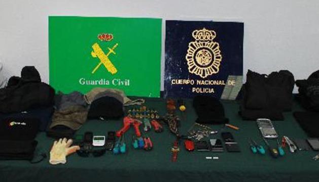Material incautado al grupo criminal