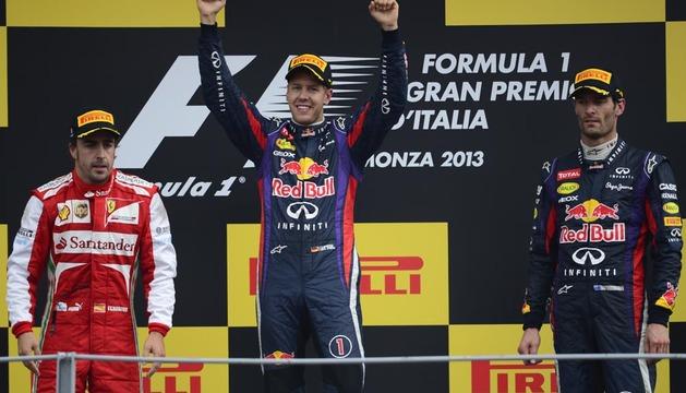 Sebastian Vettel celebra su triunfo en el GP de Italia de Fórmula 1