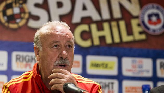 Del Bosque, durante la rueda de prensa de este martes previa al partido ante Chile