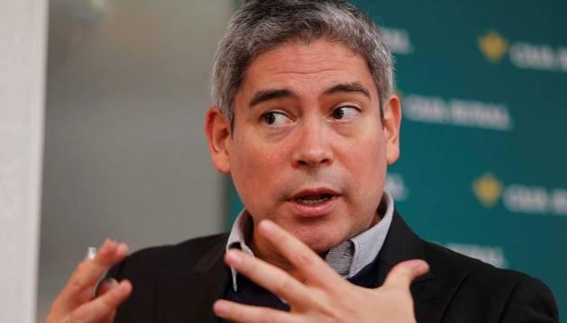 El escritor y comentarista Boris Izaguirre