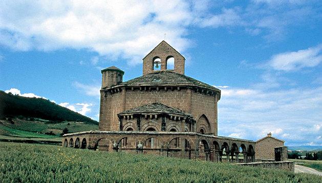 La iglesia Santa María de Eunate.
