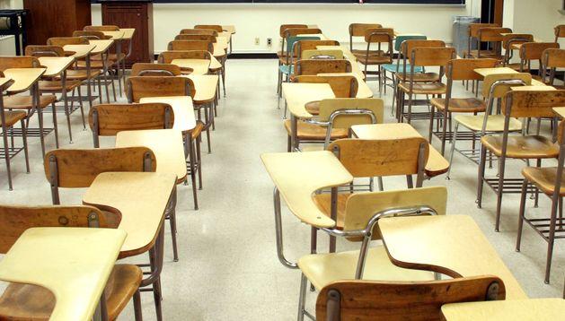 Ocho de cada diez jóvenes que viven en casas con apuros económicos se ven obligados a dejar los estudios.