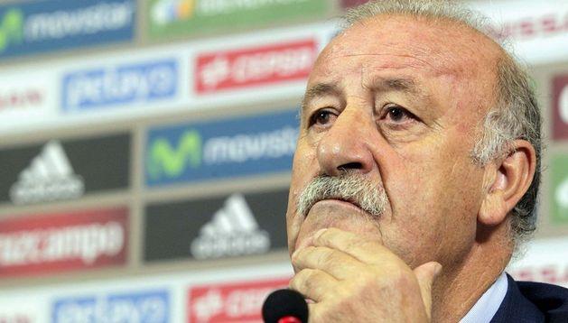 El seleccionador español, Vicente del Bosque, durante la rueda de prensa