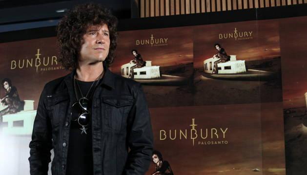 Enrique Bunbury presenta su nuevo disco en México