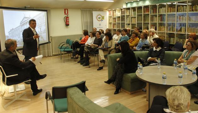 Mario Tascón en el Club de Lectura