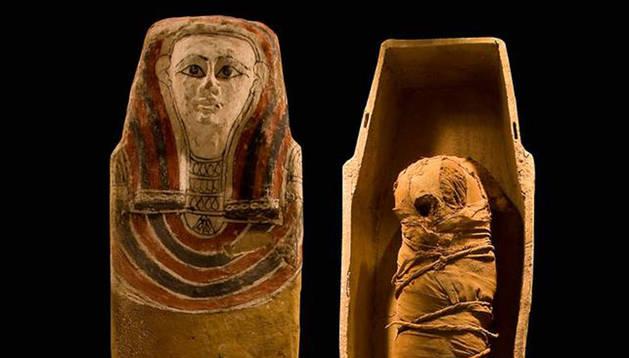 La momia que se expondrá en a Feria de Arte y Antigüedades en Madrid.