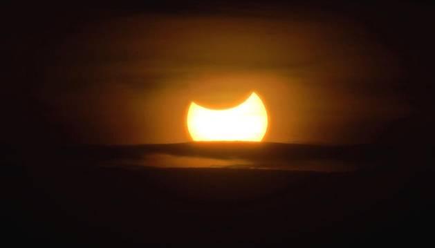 Un eclipse solar del tipo
