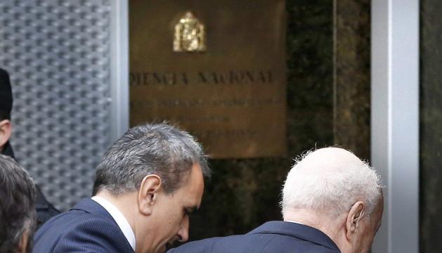 Álvaro Lapuerta (d), a su llegada a la Audiencia Nacional acompañado por su abogado
