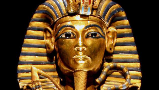 El sarcófago del cuerpo de Tutankamón
