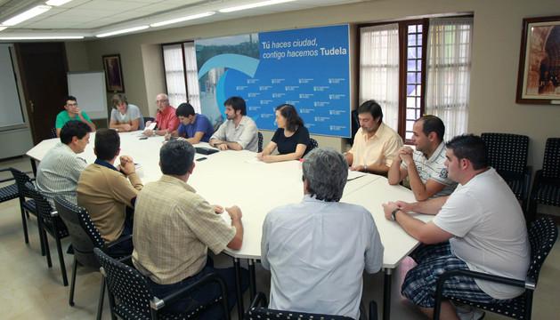 Imagen de la primera reunión de la mesa de trabajo que tuvo lugar en octubre.
