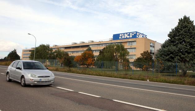 Vista exterior de las instalaciones de la empresa SKF en Tudela.