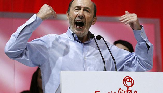 El secretario general del PSOE, Alfredo Pérez Rubalcaba, durante su intervención en la segunda jornada de la Conferencia Política del PSOE.