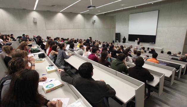 Un aula de la Universidad de Navarra. ARCHIVO