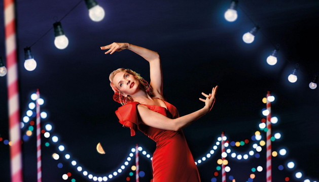Uma Thurman de flamenca en el calendario Campari
