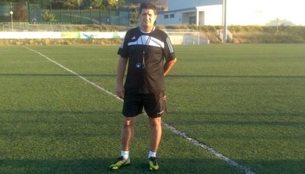 El entrenador, Juan Gallardo.