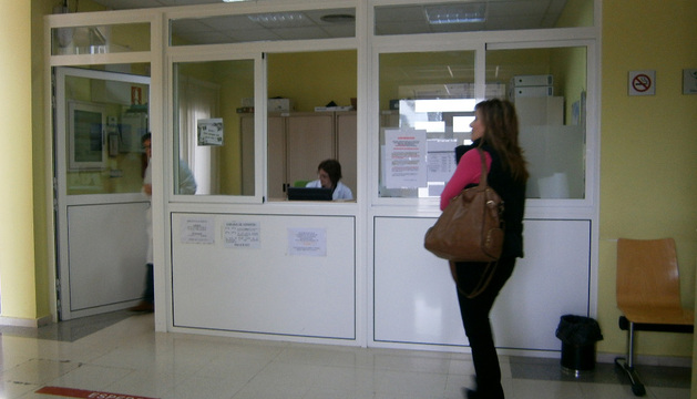 Zona de recepción del consultorio médico de Andosilla