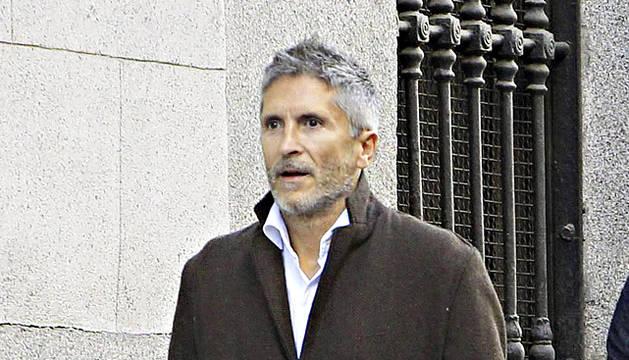 El presidente de la Sala de lo Penal, Fernando Grande-Marlaska (izda.), a su llegada esta tarde a la Audiencia Nacional,