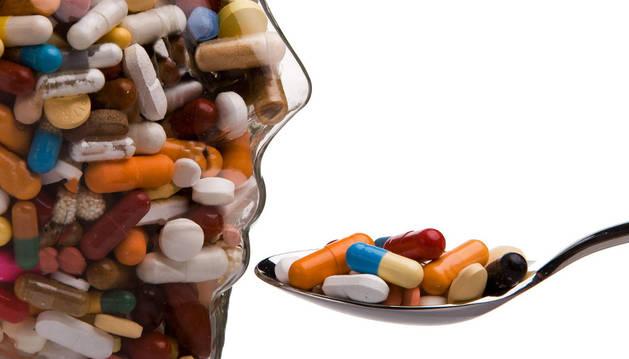 Pastillas, cápsulas, medicamentos, tranquilizantes y somníferos